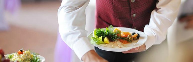 4 dicas valiosas para contratar funcionários para seu buffet