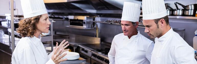 Problemas com a equipe do buffet: conheça os mais comuns!